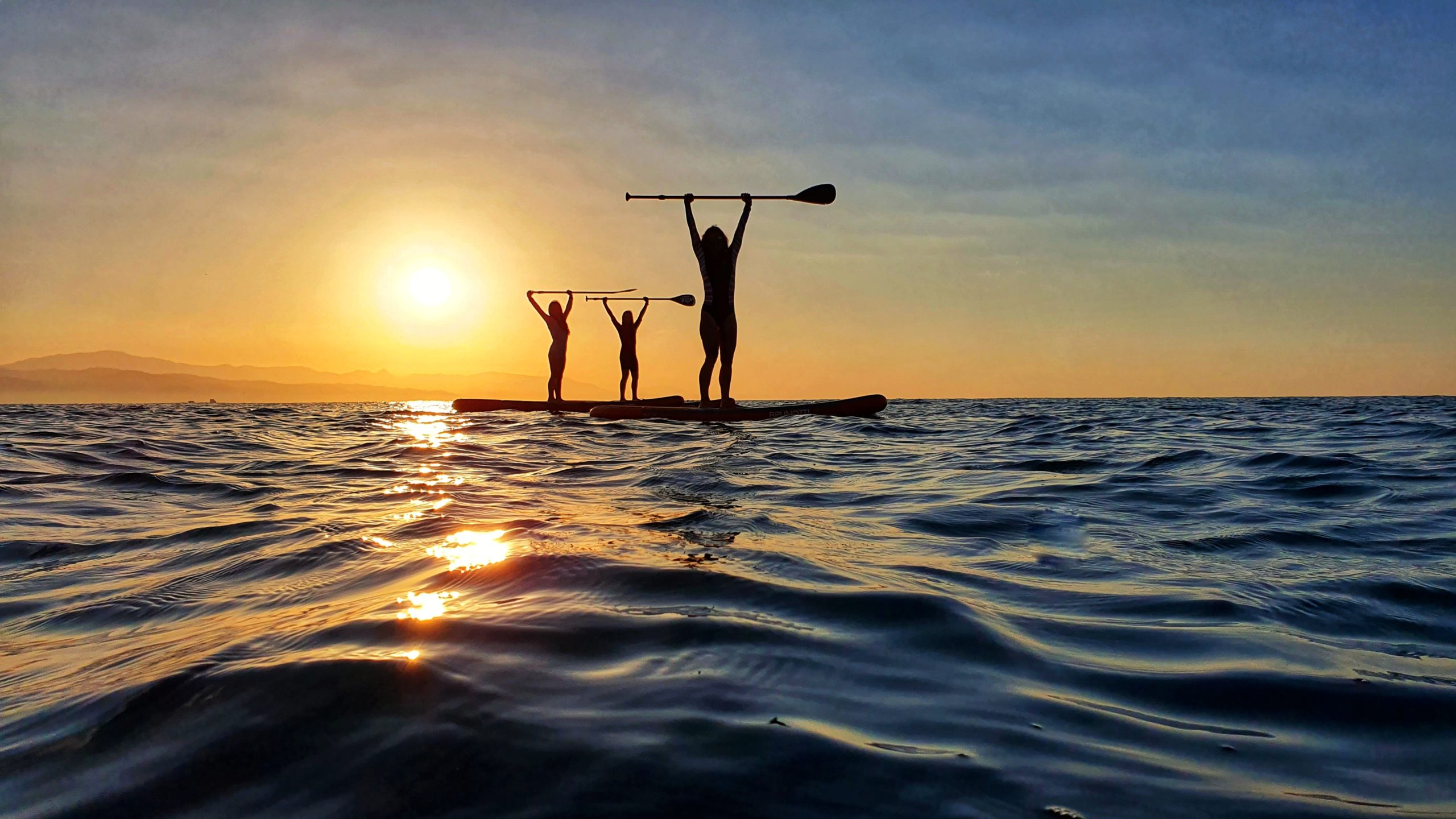 hoe sunrise paddle surf